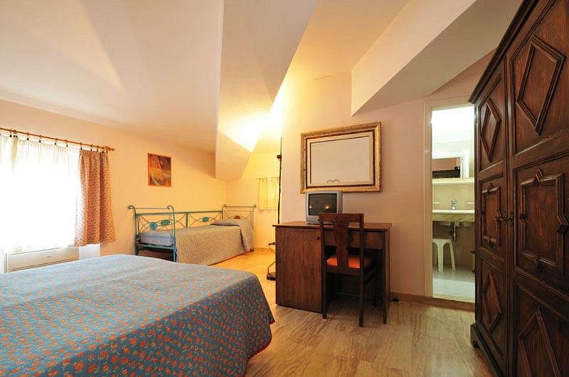 Vista camera doppia hotel fuile e mare