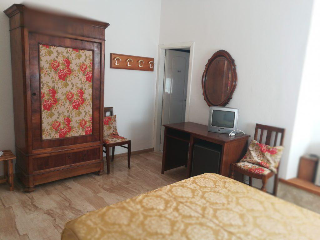 dettaglio camera 2 hotel fuile e mare